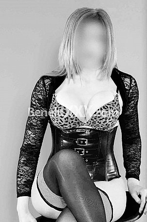 Belle Femme Très Coquine Et Chaude Et Sexy Pas De Tabou